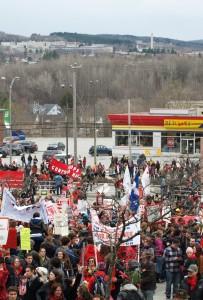 Profs contre la hausse, Manifestation nationale à Sherbrooke, avril 2012. Crédit photo : Pascal Scallon-Chouinard.
