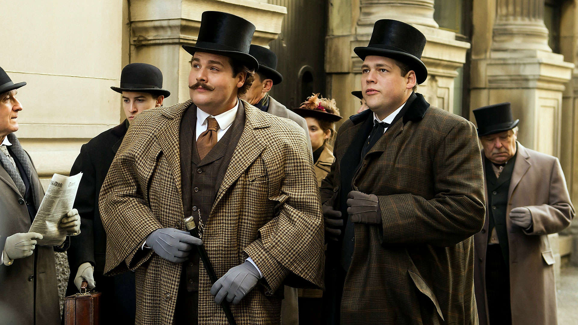 Louis Cyr et Horace Barré, respectivement interprétés par Antoine Bertrard et Guillaume Cyr. Cliquez ici pour visualiser la bande-annonce du film.