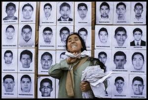 Soutien aux 43 étudiants à Lima (Pérou), novembre 2014. Crédits : Atoq Wallpa Sua (Flickr).